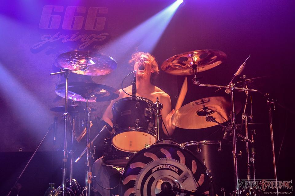 Ludovic, baterista de PI